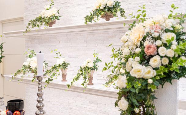 家族葬では、ご葬儀後の弔問に訪れる方が多くなりやすい